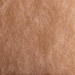Kardet ull, mørk hudfarget